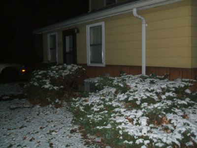 November 21, 2007: First Snowfall Of The Year.